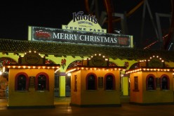 Knott's Berry Farm Celebrates Traditional Holiday Festivities at Merry Farm 2014