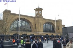 Harry Potter and the real life Kings Cross Station-A look at the theme park world vs. the real life place!