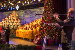 Epcot's 2015 Candlelight Processional line up announced, package tickets on sale!