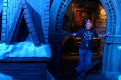 Behind the Scenes of Crimson Peak: Maze of Madness at Universal Studios Hollywood HHN 2015!