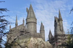 Scaffolding comes down around Hogwarts at Universal Studios Hollywood!