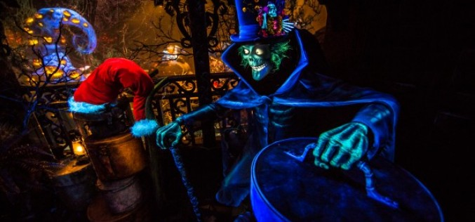 "The Hatbox Ghost gets into the Christmas ""spirit"" as Haunted Mansion Holiday returns to Disneyland!"