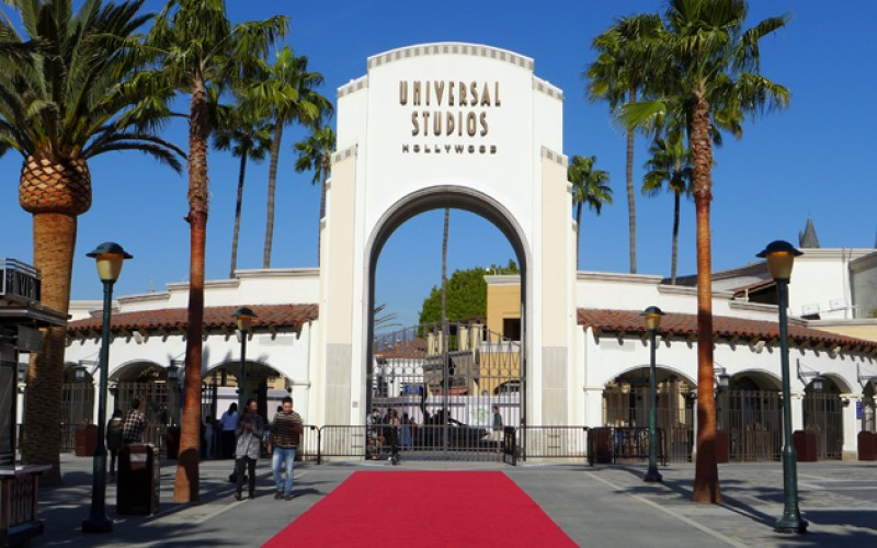 Universal studios annual pass blackout dates