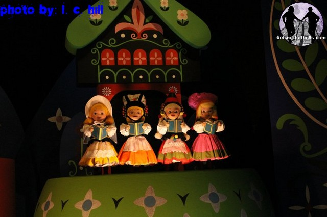 Behind The Thrills It S A Small World Re Opens At Magic